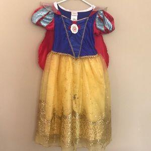Snowy white dress size XS 4 Disney store